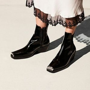Jeffrey Campbell Black Brisbane Chelsea Boot 7 New